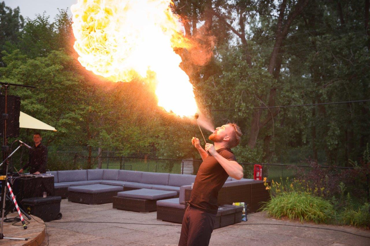 fire breather alex kazam magic mystery mentalism close-up pyro entertainer